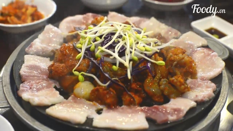 Bạch tuộc nhảy múa xào cay Hàn Quốc đậm đà